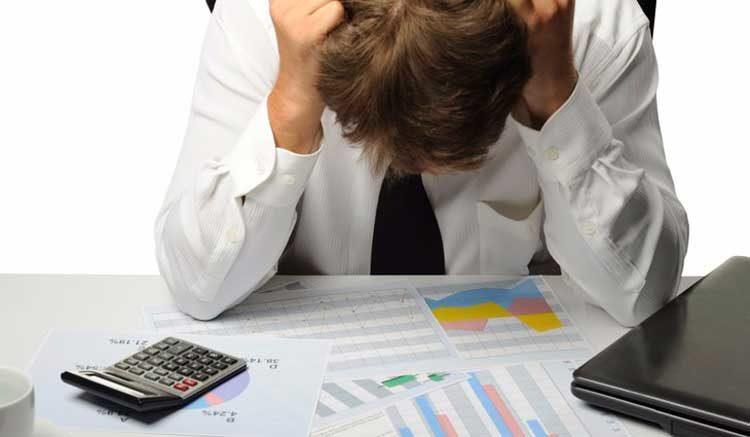 Кому банк может продать долг по кредиту